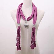 女性のペンダントネックレスビスコーススカーフ