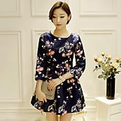 新しい韓国のファッションは9ポイントの袖の女性の気質が薄いウエストのaラインのドレスティーを印刷した