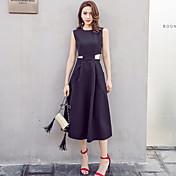スリムな女性の新しいノースリーブのドレス夏の海辺のリゾートビーチスカートのポケット大きなステップスカートは薄いドレスでした