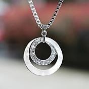 Dámské Náhrdelníky s přívěšky Circle Shape Postříbřené Umělé diamanty Slitina Základní design Módní Stříbrná Šperky ProSvatební Párty