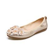 Mujer Zapatos de taco bajo y Slip-Ons Confort Bailarina Suelas con luz PU microfibra sintético Primavera Otoño CasualPedrería Perla de