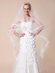 one-tier závoje waltz svatební s krajkou okraji nášivka