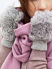 ウサギの毛皮の指先の冬の手袋