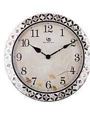 """18.4 """"H Country Style Floral Pattern Silver Polyrein Nástěnné hodiny"""