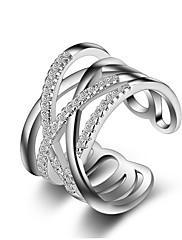 関節リング バンドリング ナックリリング クリスタル 模造ダイヤモンド ユニーク 幸福 ファッション クロスオーバー 純銀製 イミテーションダイヤモンド クロス シルバー ゴールデン ジュエリー のために 結婚式 パーティー 日常 カジュアル 1ペア