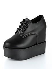 レディース 靴 PUレザー 秋 コンフォートシューズ オックスフォードシューズ クリーパーズ ラウンドトウ 編み上げ 用途 カジュアル ホワイト ブラック バーガンディー