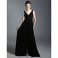 TS Couture® Formal Evening / Military Ball Dress - Elegant Plus Size / Petite A-line / Princess V-neck / Straps Floor-length Chiffon with Beading