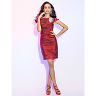 TS Couture® Cocktail Party Dress - Short Plus Size / Petite Sheath / Column Off-the-shoulder Short / Mini Taffeta with Beading / Ruching