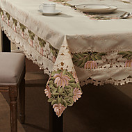 White Polyester Rectangular Table Cloths