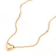 Collana dorata del pendente del cuore