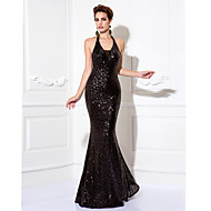 Prom / Formal Evening / Black Tie Gala Dress - Plus Size / Petite Sheath/Column Halter Floor-length Sequined