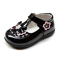 Girl's Spring / Summer / Fall / Winter T-Strap Patent Leather Casual Flat Heel Black / Pink / Red / White