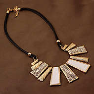 Women's Exaggerated Fashion Concise Leather Alloy Necklace With Rhinestone