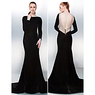 Prom/Formal Evening Dress - Black Trumpet/Mermaid Bateau Chapel Train Velvet