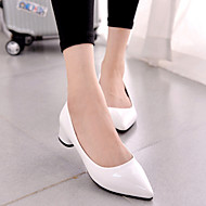 Women's Shoes Leatherette Low Heel Heels/Novelty/Closed Toe Pumps/Heels Party & Evening/Dress/Casual