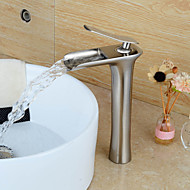 Modern Middenset Waterval with  Keramische ventiel Single Handle Een Hole for  Geborsteld nikkel , Wastafel kraan