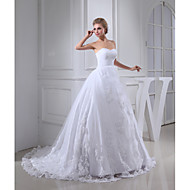 A-line Wedding Dress Court Train Sweetheart Lace / Tulle with Appliques / Beading