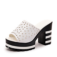 Feminino-Chinelos e flip-flops-Conforto-Salto Grosso-Preto Branco-Couro Ecológico-Casual