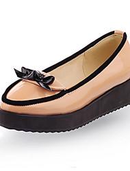 SAPHIRA - Sapato de Plataforma para Festa em Couro de Patente