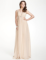 Floor-length Chiffon Bridesmaid Dress - Plus Size / Petite A-line V-neck