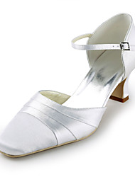 Women's Shoes Silk Flat Heel Heels / Round Toe Heels Wedding / Party & Evening / Dress White