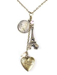 Tu aimeras le Seigneur de tout votre coeur Collier avec Eiffel