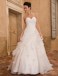Lanting Bride A-line Petite / Plus Sizes Wedding Dress-Chapel Train Sweetheart Organza