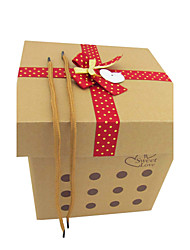 Simple Gift Box Design Avec Ribbon Bow