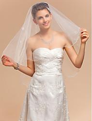 Un voile de mariage coude niveau avec bord festonné