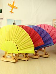 Color sólido Plastic Fan Mano - Juego de 4 (colores mezclados)