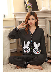 Two Rabbits Pattern Lounge Wear Set