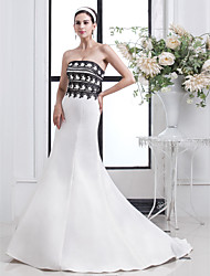 Lan Ting Trumpet/Mermaid Plus Sizes Wedding Dress - Ivory Court Train Strapless Satin