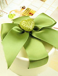 Nice Round Favor Box With Green Ribbon (Set of 30)