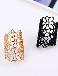 Ring Party / Casual Jewelry Alloy Women Statement Rings Gold / Black