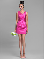Lanting Bride® Short / Mini Satin Bridesmaid Dress - Sheath / Column V-neck Plus Size / Petite with Bow(s)