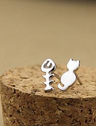 Versão coreana da multa jóias personalizadas assimétrica brincos gatinhos e Ossos de peixes E530