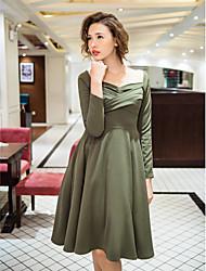 TS VINTAGE Raglan Sleeve Low Cut Dress