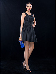 TS Couture® Cocktail Party / Wedding Party Dress - Short Plus Size / Petite A-line Square Short / Mini Taffeta with Beading / Ruching
