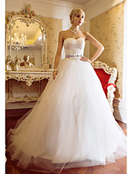 LAN TING BRIDE Ball Gown Wedding Dress - Chic & Modern Elegant & Luxurious Vintage Inspired Sweep / Brush Train Sweetheart Satin Tulle