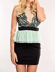Vert Noir dentelle frangée Peplum Dress