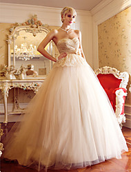 Lanting A-line / Princess Petite / Plus Sizes Wedding Dress - Champagne Court Train Sweetheart Tulle