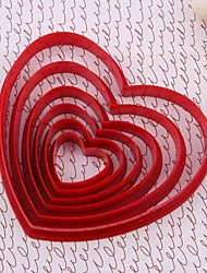 Coeur rouge en plastique Cookie Cut Mold Set de 6 pièces
