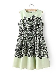 Women's Going out Vintage A Line / Skater Dress,Floral Crew Neck Knee-length Sleeveless White / Green Silk Spring / Summer
