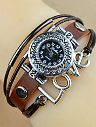 Yulan New Retro Leather Silver Rivet Watch (Coffee)