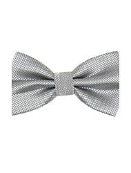 Los hombres de moda del color sólido gris claro Bowtie