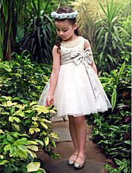 Ball Gown / Princess Knee-length Flower Girl Dress - Satin / Tulle Sleeveless Scoop with Bow(s) / Crystal Detailing / Pearl Detailing