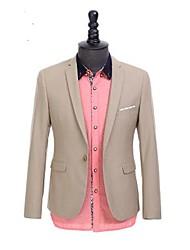 cuello sastre de manga larga formal de los hombres un solo traje cruzado