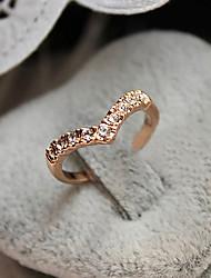 Laivi Women's Rhinestone Heart Ring