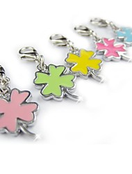 Lucky Four Leaf Clover Shape Tag Accessory for Collars for Pets Dogs(Assorted Colors)