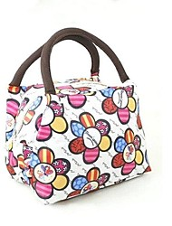 Portable Insulation Package Picnic Lunch Boxes of Oxford Cloth Bags Color Randomly